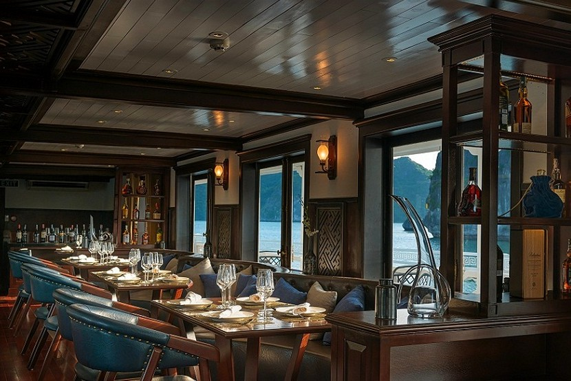 Paradise Cruise Halong Bay Restaurant