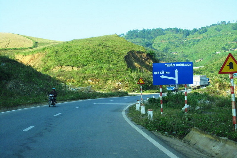 Pha Din Pass