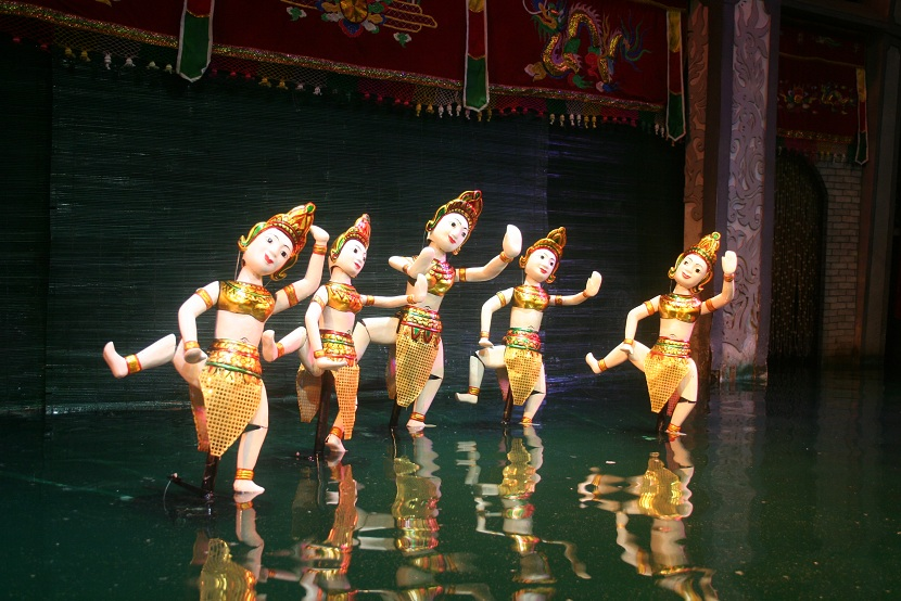 Thang Long water puppet