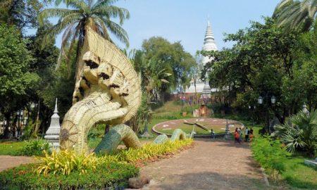 Wat Phnom temple phnom penh
