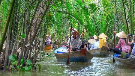 One recommended itinerary to the Mekong Delta for 2 days