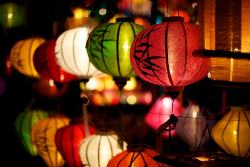 Hoi An Lantern Making – Painting Experience