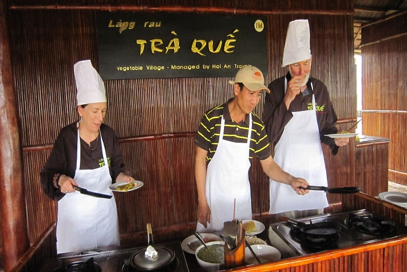 Cooking Class At Tra Que Vegetable Village