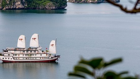 The best 5-star Halong bay cruises in Vietnam