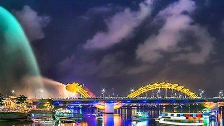 How to get to Da Nang city