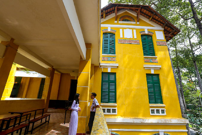 What to see in Saigon: High Schools with French Colonial Architecture