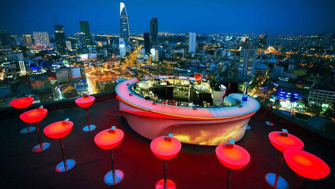 Top 10 Saigon rooftop bars to hang out