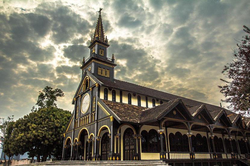 Wooden Church, Kon Tum