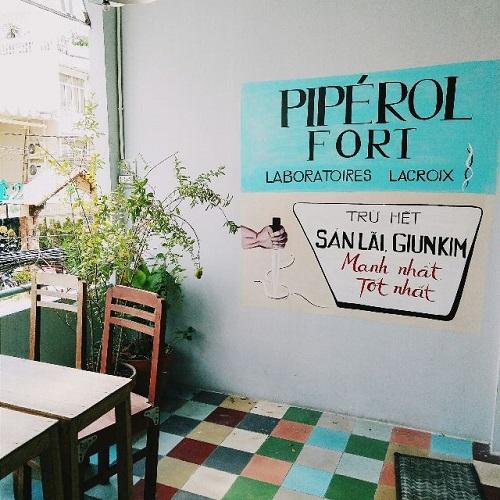Café Saigon Retro