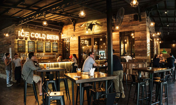 5-must-try-craft-beer-bars-in-saigon-1