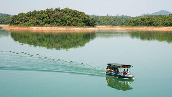 Ben En Lake