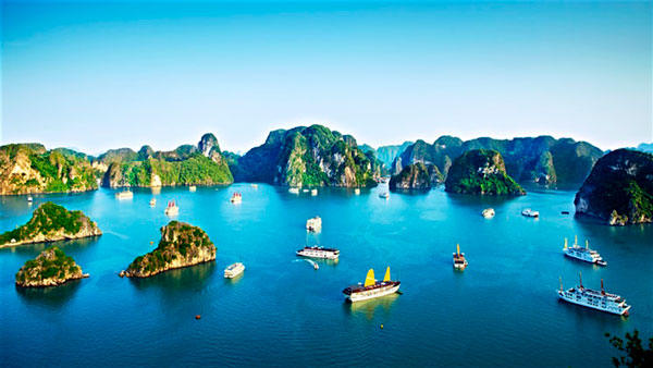 7 Best Places worth Visiting in Northern Vietnam: Ha Long Bay