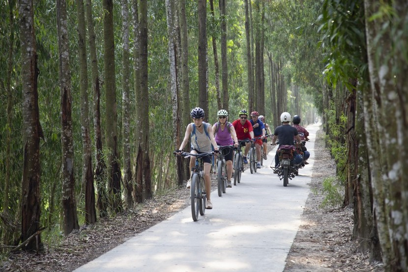 Mekong Bike Trips