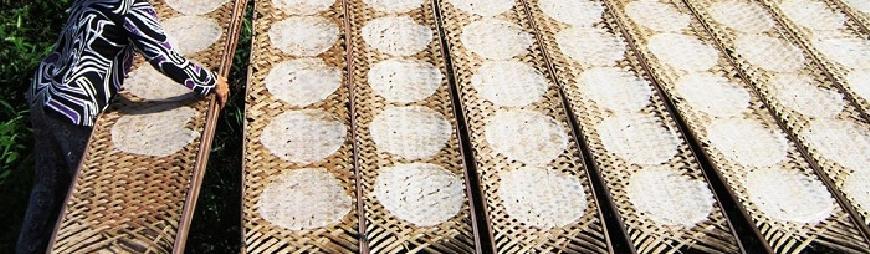 Rice paper cakes in Ben Tre